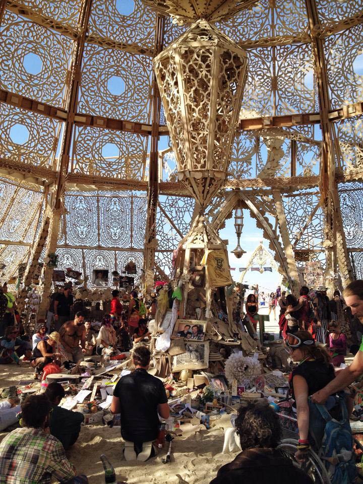 griot-mag-Game Changers- Harley Dubois and her Burning Man-Interview-TEd-TedXRome-Johanne-affricot-Temple