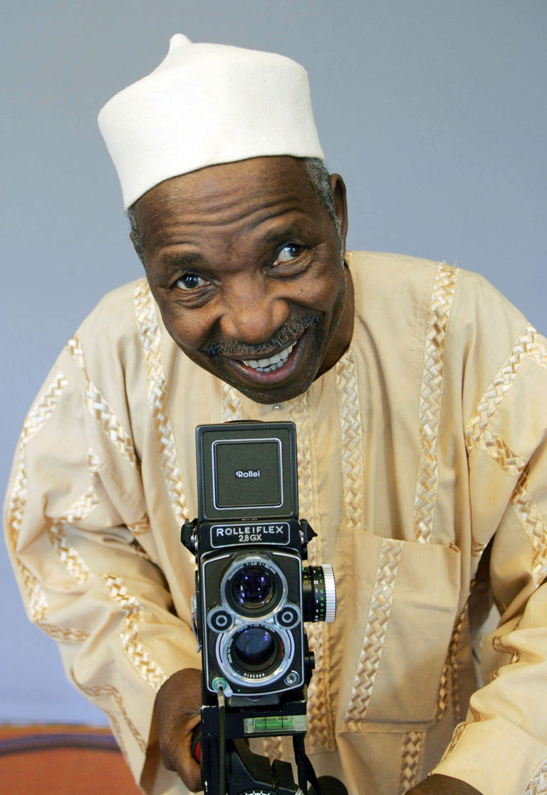 griot-mag-Malick Sidibé-Farewell to the Malian Photographer of African Renaissance-15