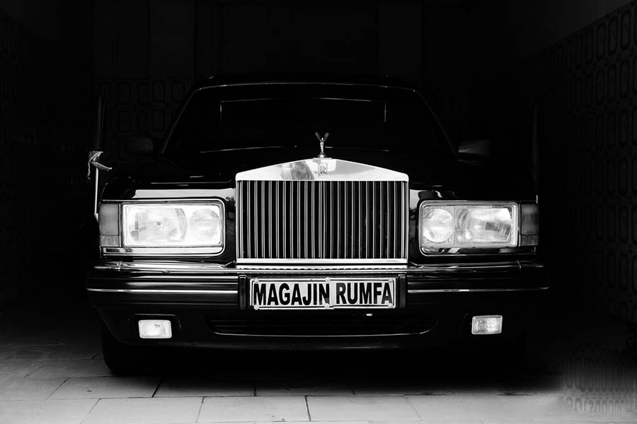 griot-mag-Lagos-Photo-Festival-Fati Abubakar -One of the vintage car of the Emir of Kano