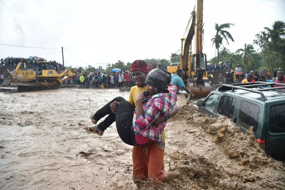 griot-mag-Uragano-Matthew | Pray For Haiti | Ma 'pray' de che? Aiutate, per favore