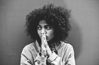 Il nuovo video di Nneka vi farà smettere di fare quello che state facendo