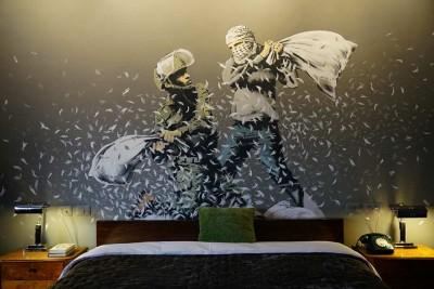 Walled Off | Banksy apre a Betlemme l'hotel con la peggiore vista al mondo