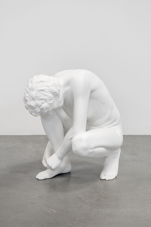 La scultura classica di Charles Ray arriva per la prima volta nella storia a Roma