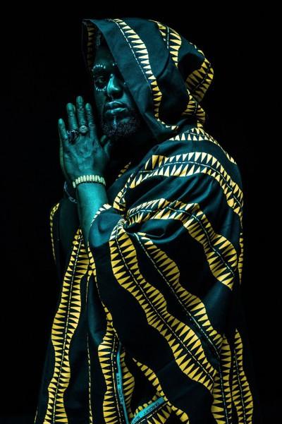 Guarda 'Amen' il nuovo singolo di Tommy Kuti