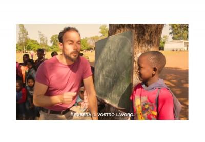 Spot razzista?   Fini e mezzi nel video dei Jackal per Action Aid
