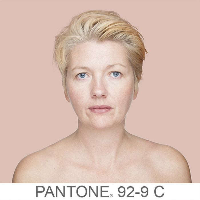 griot mag humanae _-pantone- angelica dass