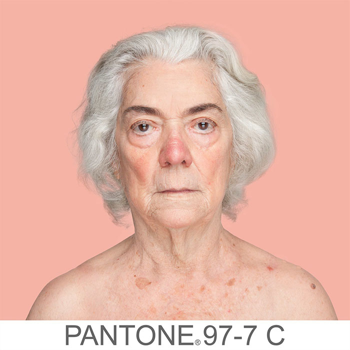 griot mag humanae -pantone angelica dass