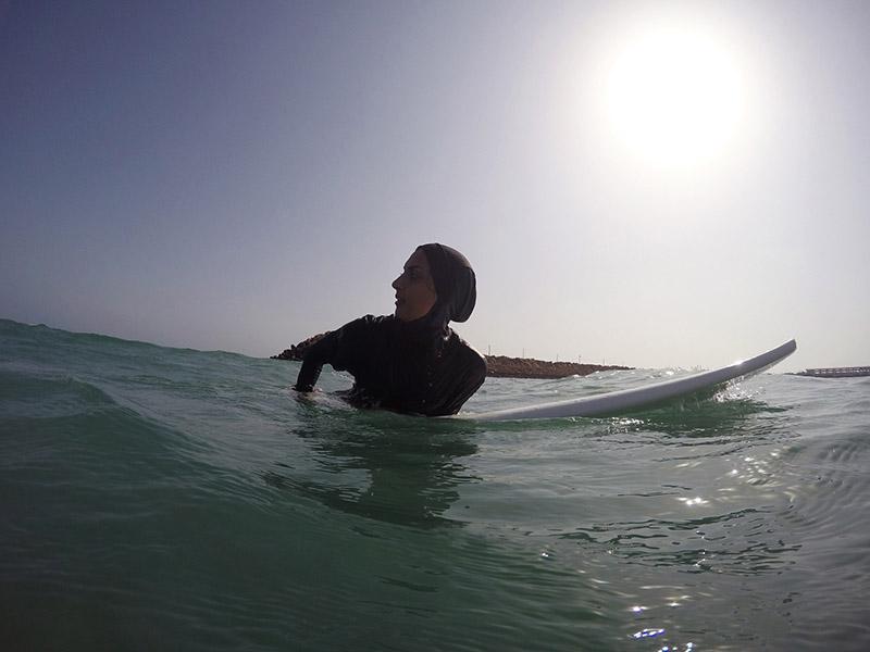griotmag-surfing-iran-giulia-frigieri