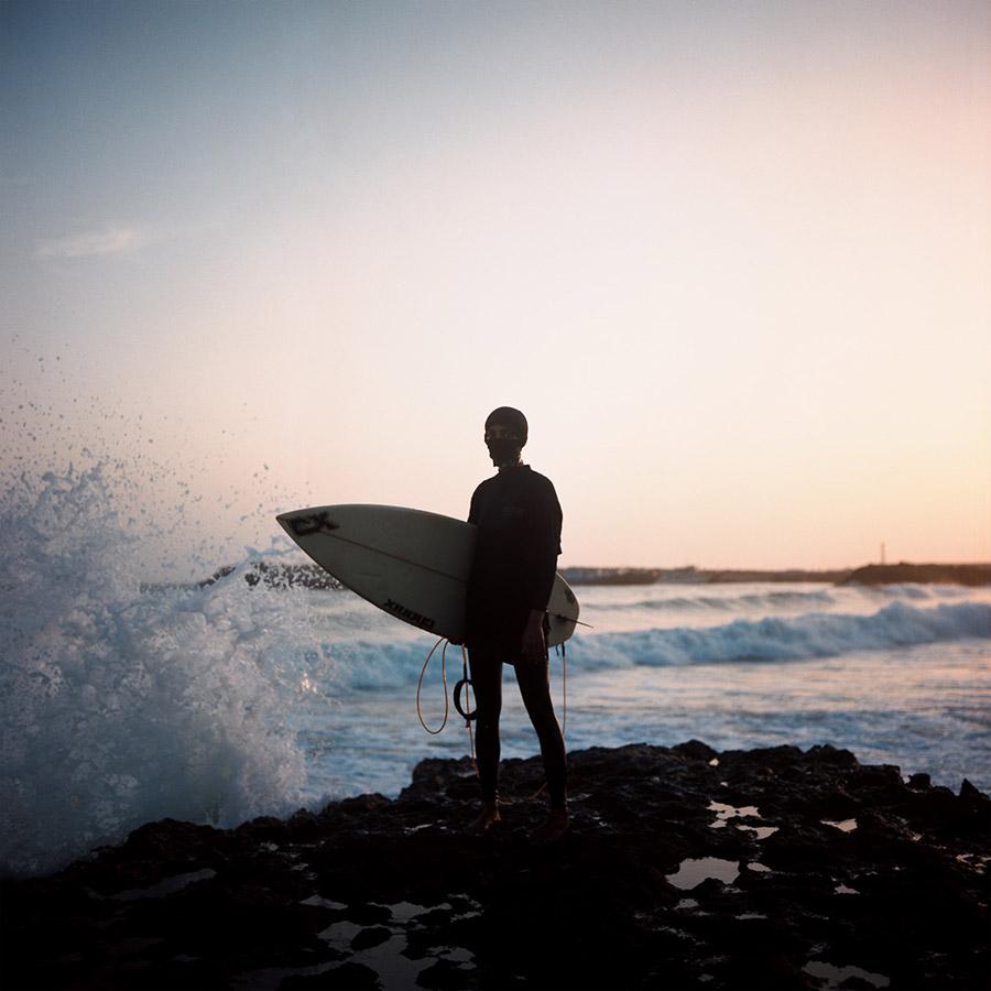 griotmag surfing iran giulia frigieri