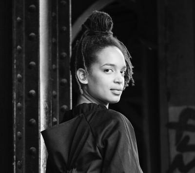 Beya Gille Gacha e l'arte del perlage