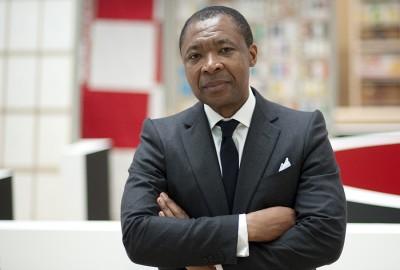 Okwui Enwezor | Ci lascia un pilastro dell'arte contemporanea mondiale