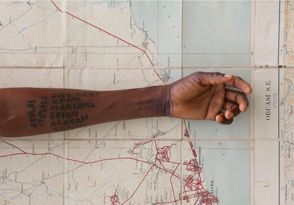 'Living Grains' | La personale di Ibrahim Mahama che dovete vedere