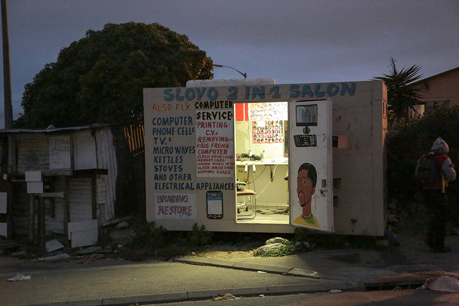 griot mag An Intimate, Transnational, Black 'Hairspace' south africa