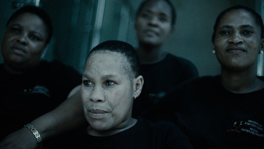 griot mag a gentle magic_ documentario su creme schiarenti della pelle skin bleaching sudafrica south africa by di Leratho Mbangeni e Tseliso-Monaheng_