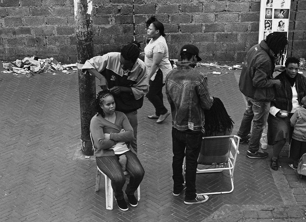 griot mag Saloni per capelli afro