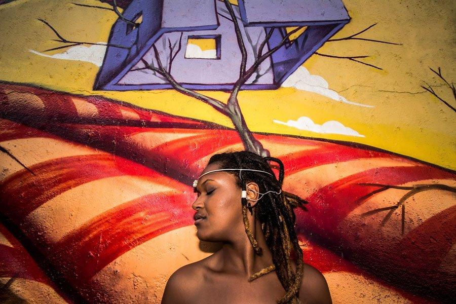 griot mag Braccio di ferro Le donne tradizionali rastafari nella moderna Giamaica
