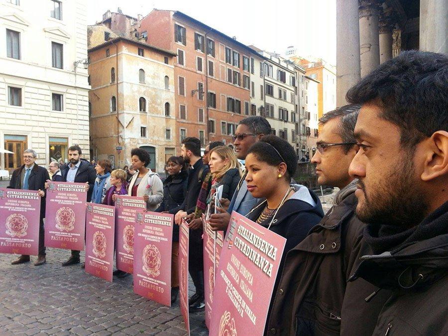 """griot-mag-Italiani Senza Cittadinanza   Dalla piazza Pantheon a Sanremo cantando """"Sono un Italiano Vero"""""""