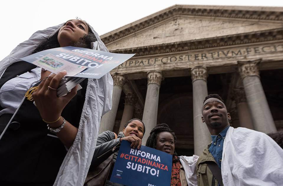 griot-mag-Italiani-senza Cittadinanza e L'Italia Sono Anch'io in Piazza per svegliare il Senato_riforma_cittadinanza_