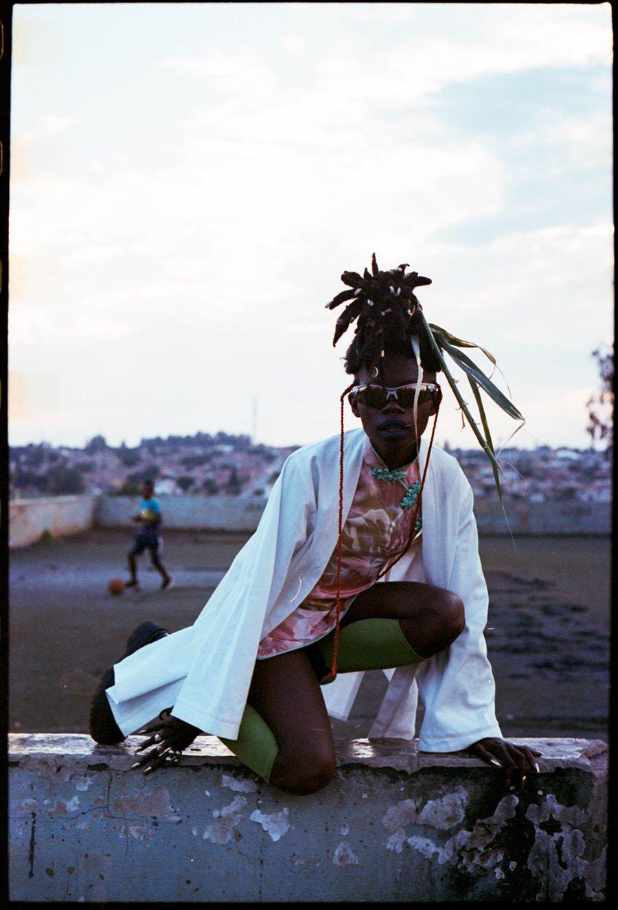 griot-mag jojo abot-artista-performer-ghana-intervista