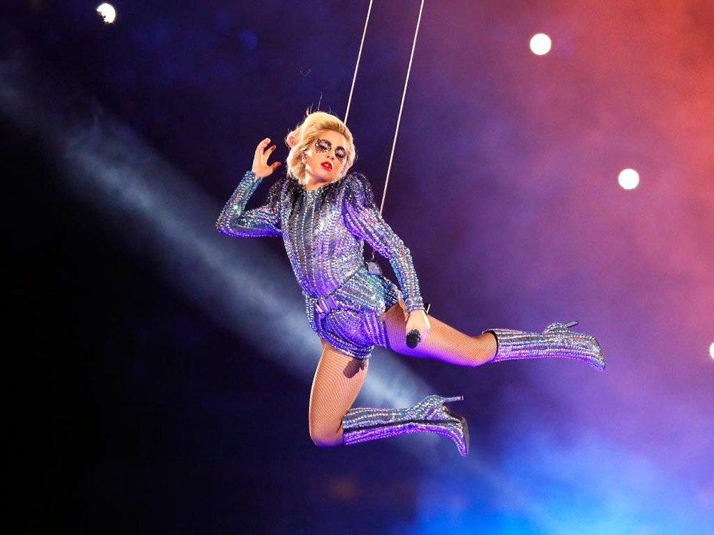 griot-mag-Lo show di LAdy Gaga al Super Bowl toglie veramente il fiato