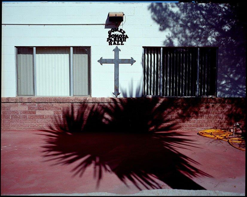 griot-mag-Marie Gomis-Trezise di Galerie Number 8-Pulling Down the Walls -latingo-Border-Hector-mediavilla-2010