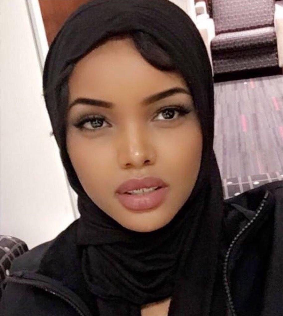 griot-mag-miss-minnesota-in-burkini-halima-aden-somalia