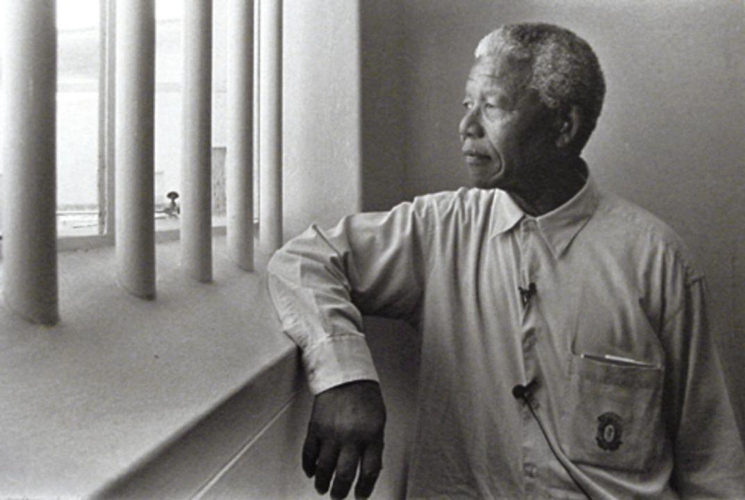 Visita di Mandela a Robben Island - via