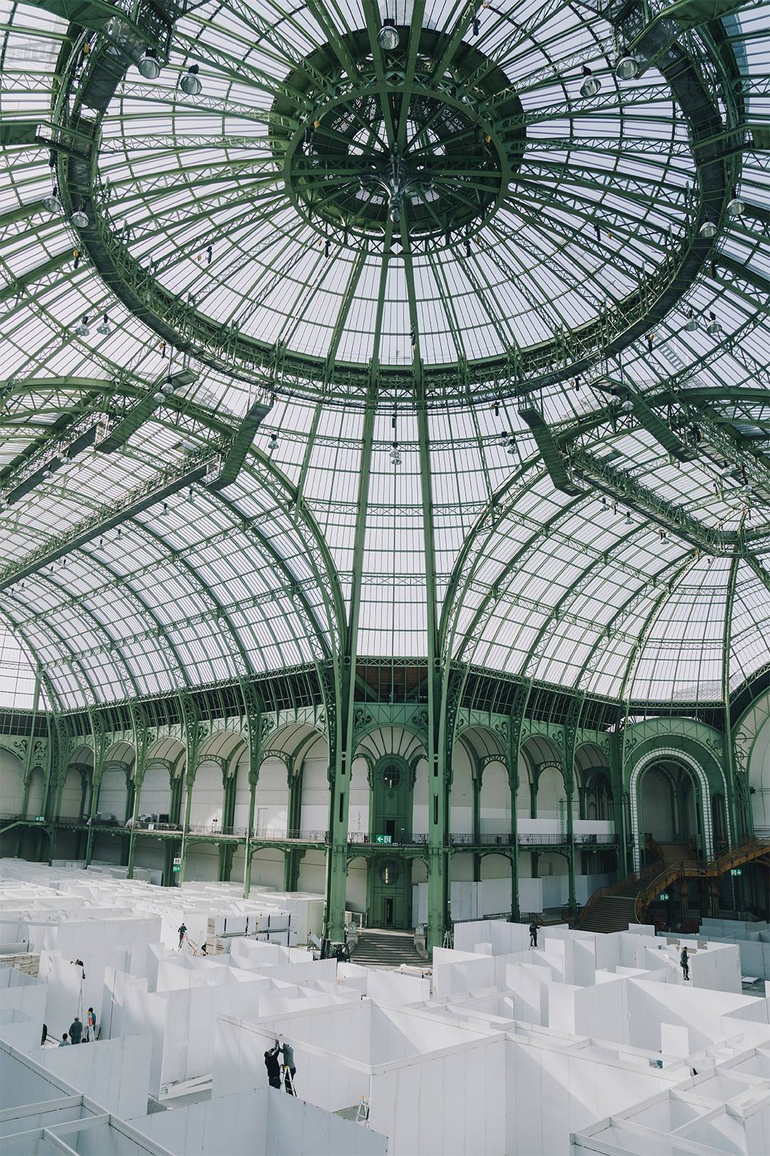 http://griotmag.com/wp-content/uploads/2020/05/griot-mag-paris-photo-2017-1-grand-palais.jpg