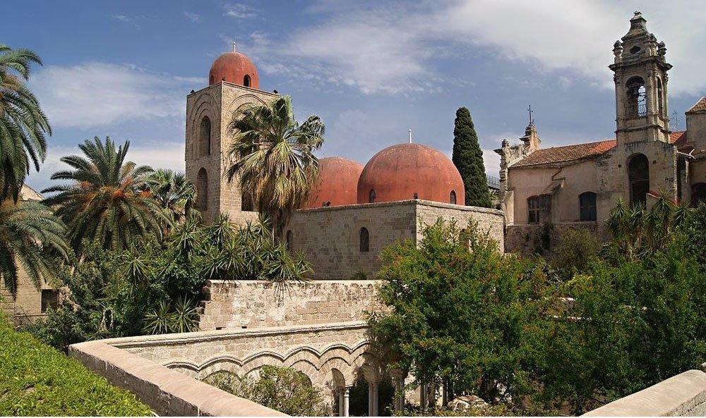 griot-mag-San-Giovanni-degli-Eremiti-dolce-gabbana-hijab-abaja-velo-islam