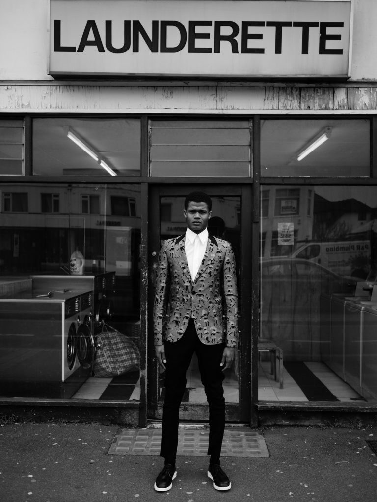 griot-mag-this-is-not-a-suit-©adrien-sauvage