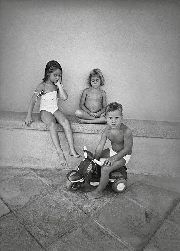 "Little Ones | Alessia Bulgari racconta ""i suoi bambini"" in un libro fotografico-Tre nipoti Three nephews 2004"