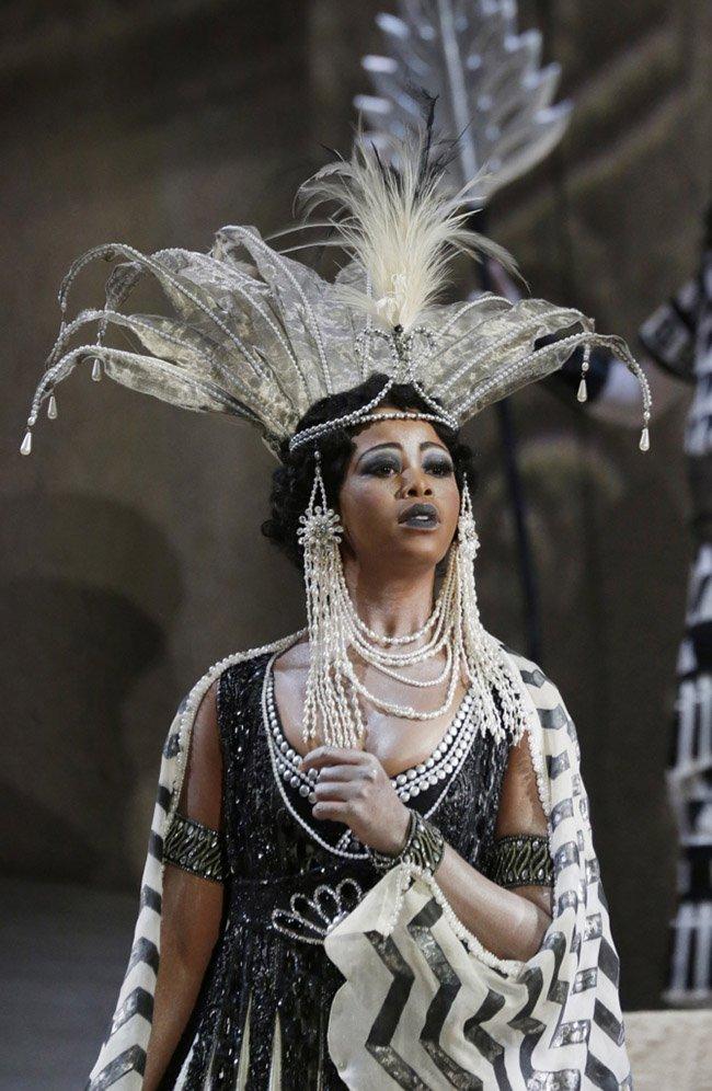 Pretty Yende   A Pretty Journey: from Piet Retief South Africa to La Scala