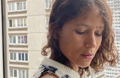 'In My Room' | Ritratto ipnotico della quarantena attraverso la voce di una nonna