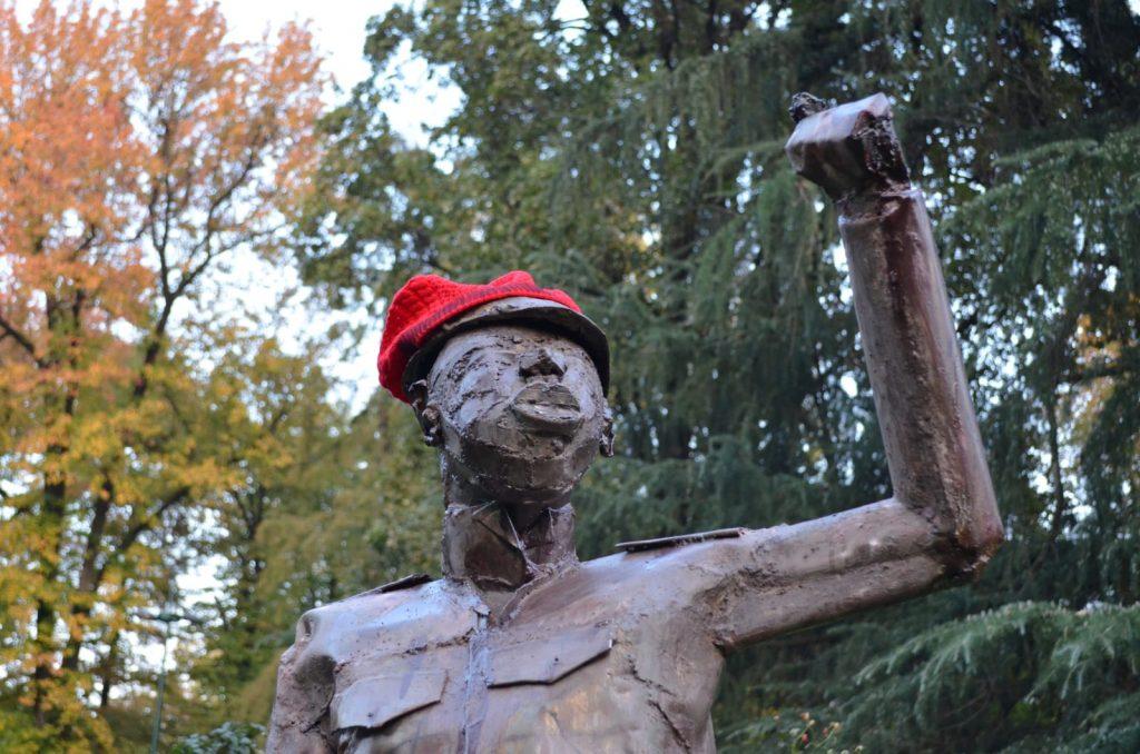 'La Statua che non c'è' più a Milano   Rimozione non significa accettazione – Resistenza significa esistenza
