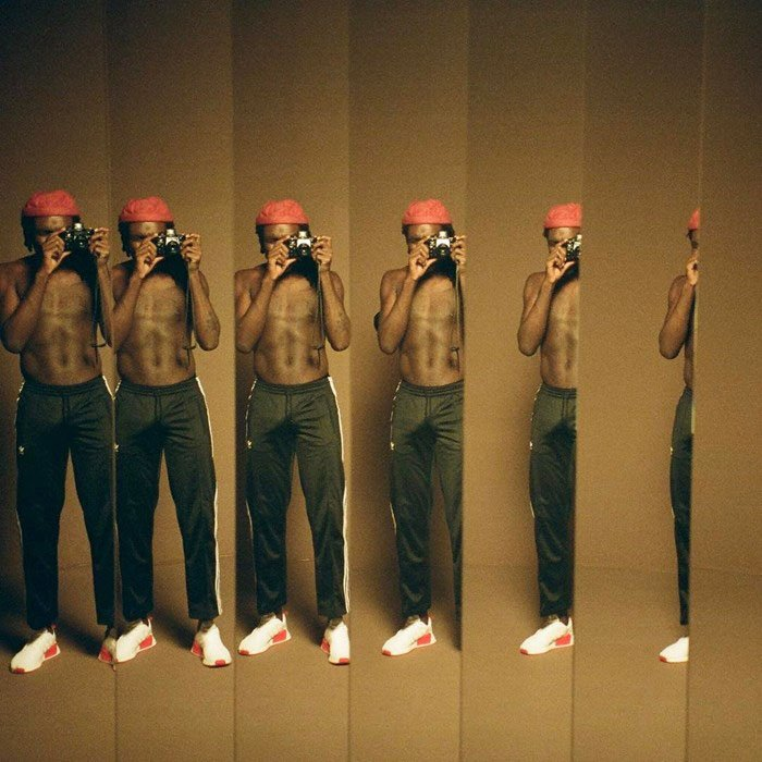 "griot-mag-Dev Hynes and Bryndon Cook's ""Hymn"" video is a magic tribute to Malick Sidibé"
